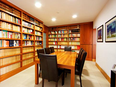 Lucena e Vale, Galacho, Granjeia e Associados – Sociedade de Advogados